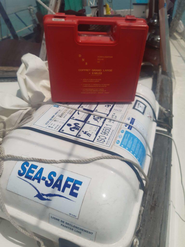 6 conseils pour bien préparer sa première navigation. Matériel de sécurité en mer