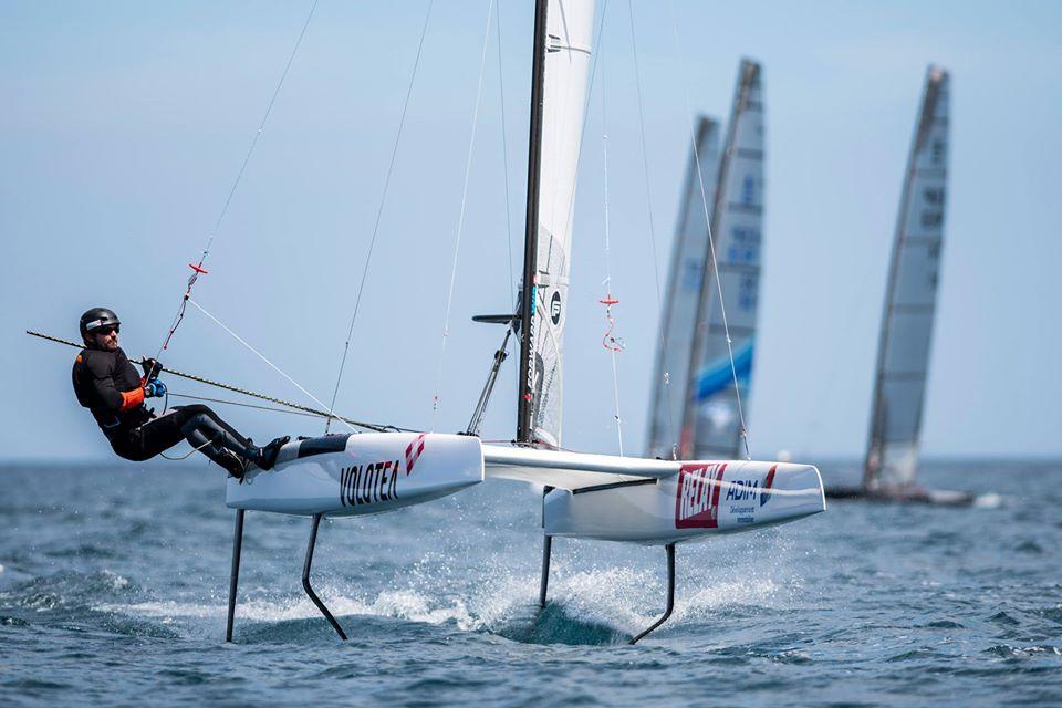 Benois Marie sur son catamarant volant - interview du navigateur - ingénieur Benoit Marie