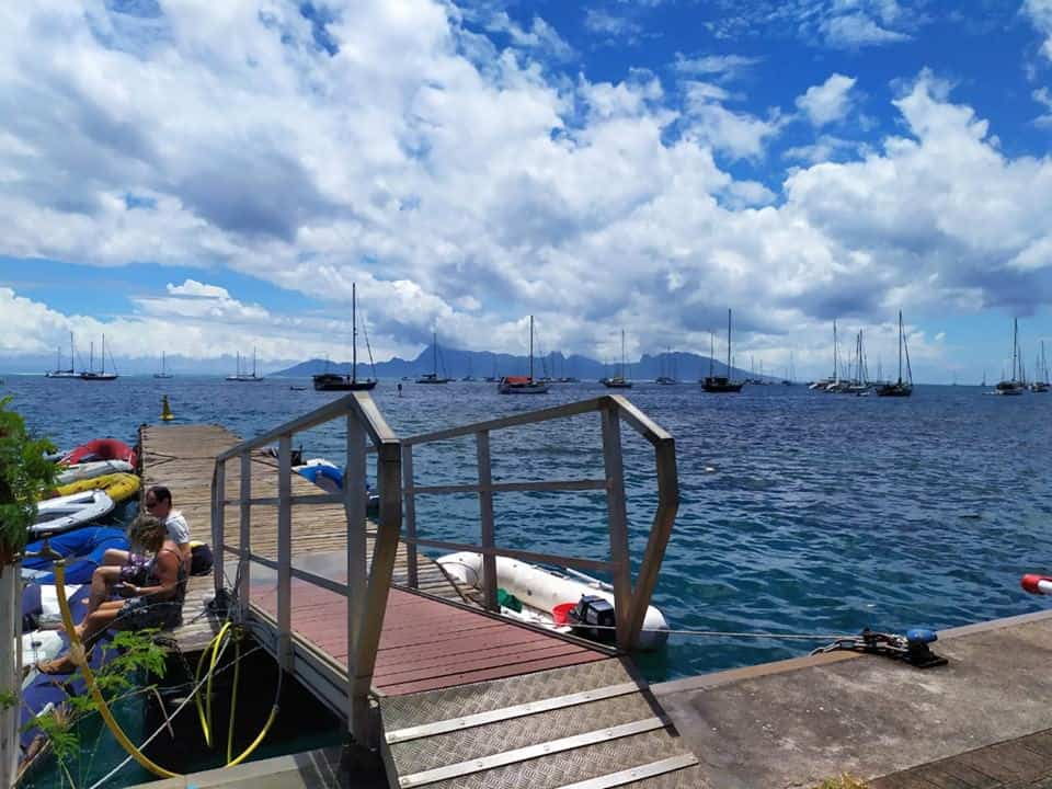 Marina Taina à Tahiti, ponton des annexes