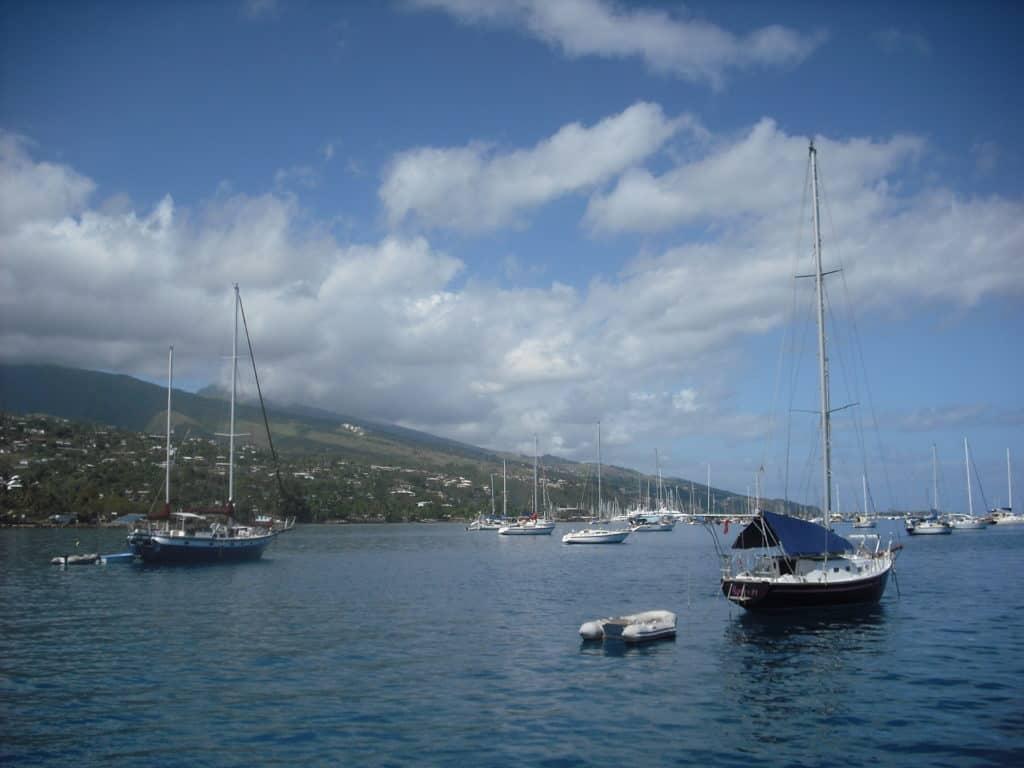 Voiliers à la marina Tahina