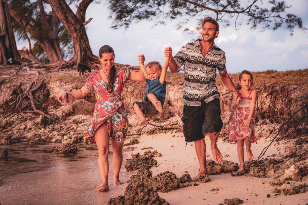 la famille du voilier Phoenix, vie en voilier et ecole en voyage
